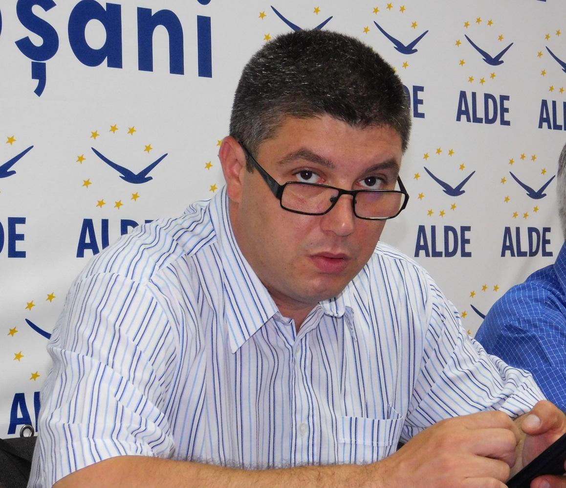 Pensiile și funcțiile publice se echilibrează la Guvern. Vezi ce spune liderul municipalilor ALDE Botoșani 10