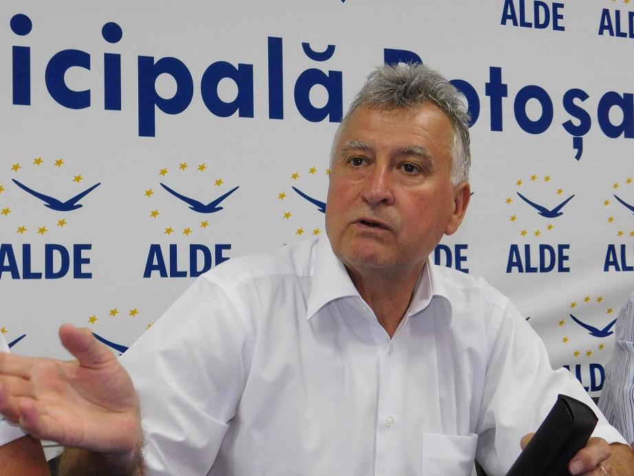 Parlamentarii ALDE felicitați de la Botoșani pentru că nu sunt trădători 11