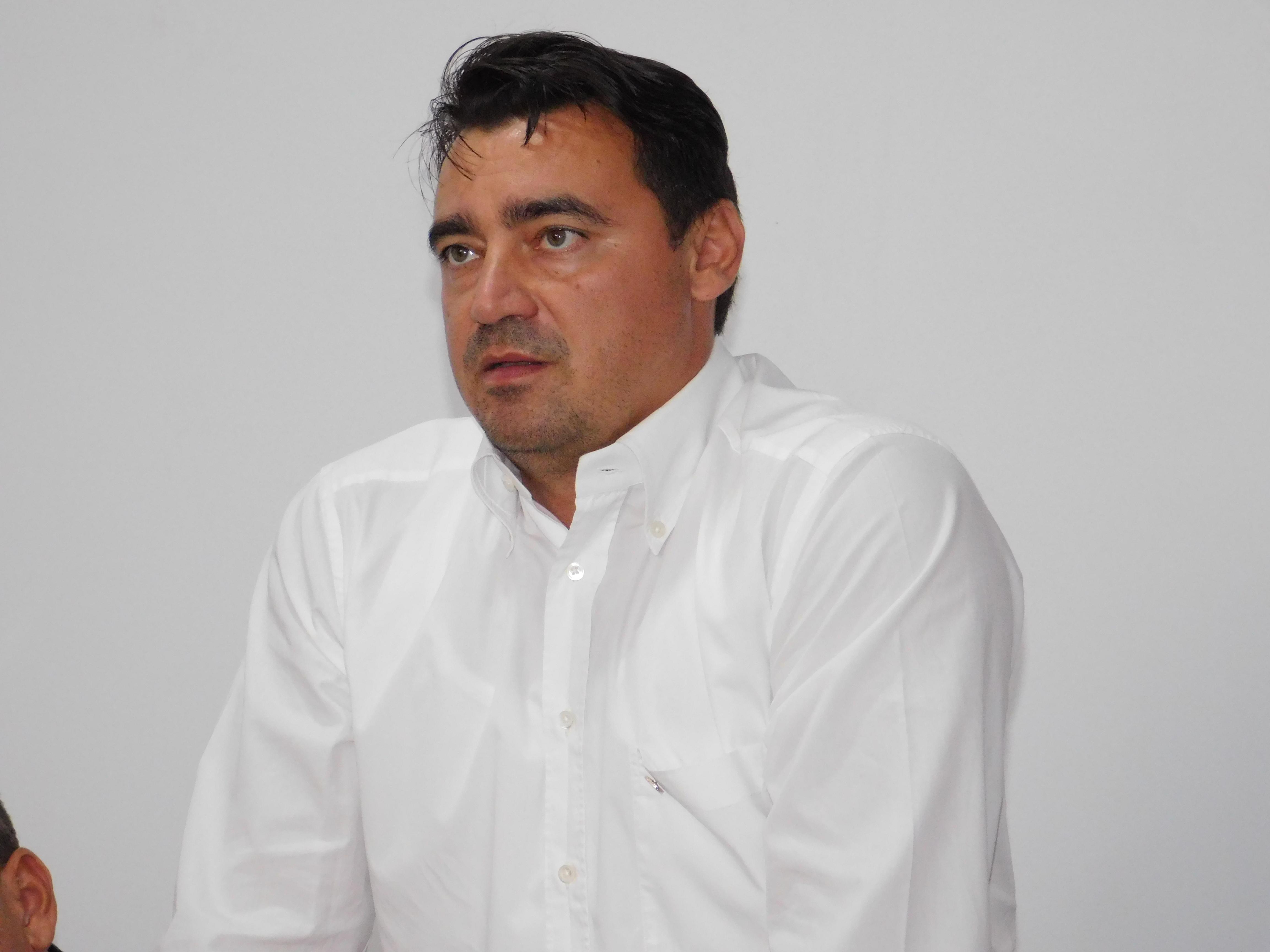 Andrei Stoican arată cum trebuie să fie un președinte al României 21