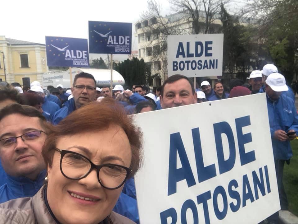 Mincă nu renunță la ALDE și cere demisia adevăraților trădători de la vârful partidului 11