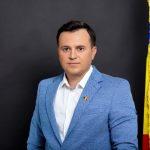 """Catalin Silegeanu: rușine că opoziția nu a oprit """"privatizarea"""" Zilei Naționale"""